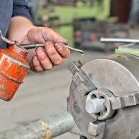 manual lubrication